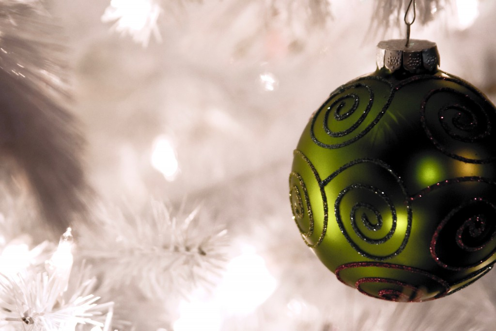 decorated-christmas-tree-2-1359515